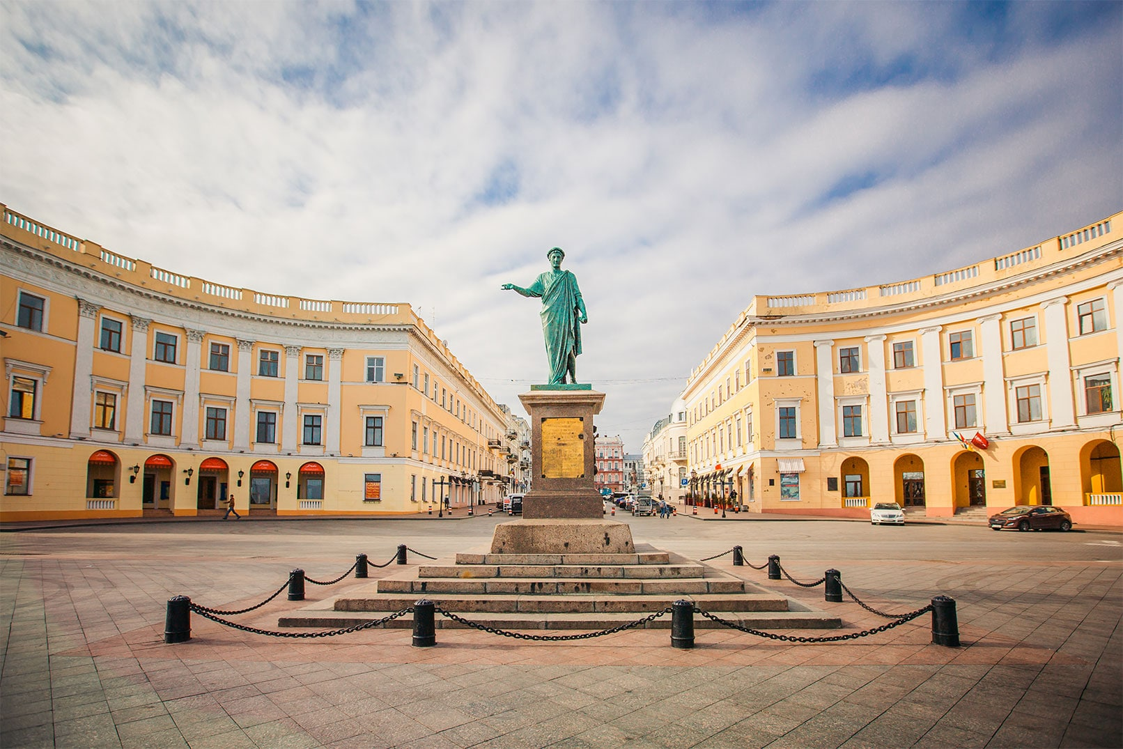 ODESSA-Monument-to-Duc-de-Richelieu-in-Odessa