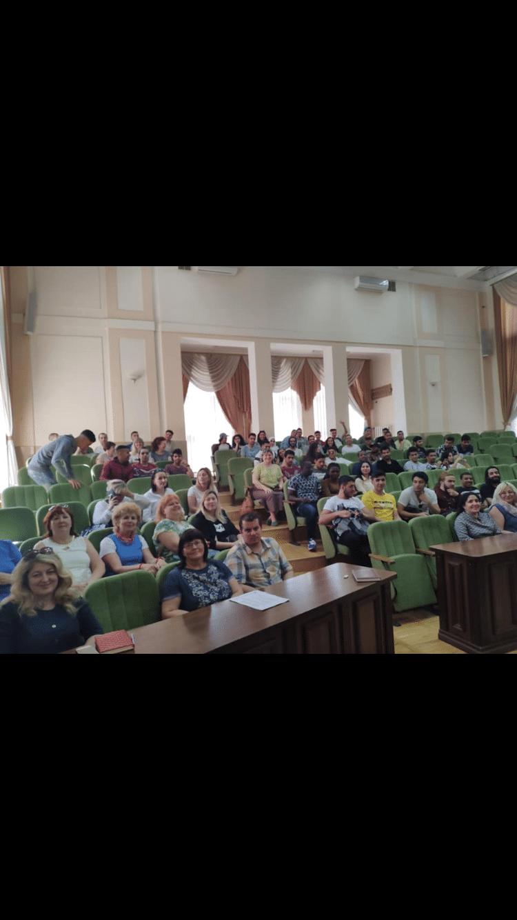 UKRAYNA'DA ÖN LİSANS MEZUNLARI İÇİN SINAVSIZ TAMAMLAMA FIRSATI